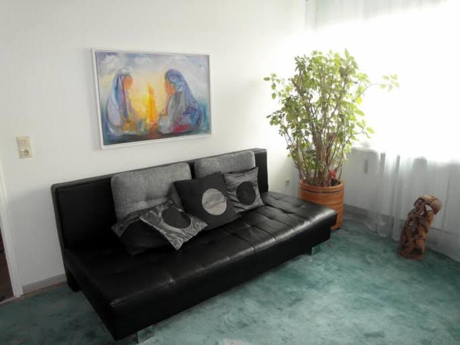 gem tlich wohnen im sch nen allg u apartments zur miete in kauf beuren. Black Bedroom Furniture Sets. Home Design Ideas