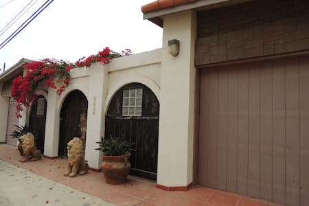 Casa Leon - San Antonio del Mar - Hus