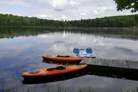 Paradis sur son lac privé - Chalet