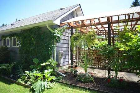 Garden Studio- Abbotsford Retreat - Abbotsford