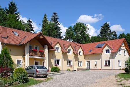 Agata Apartments - Czech Paradise - Bed & Breakfast