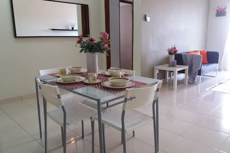 Family Friendly Sri Ixora Apt, Kajang - Kajang - Apartment