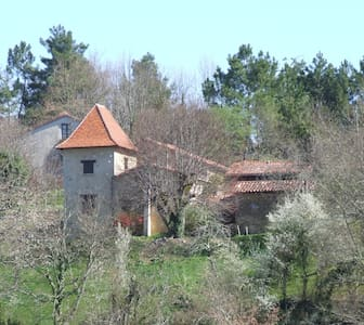 Hilltop Dordogne Retreat - Huis