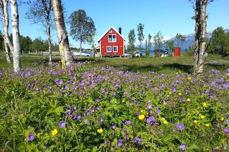 Sjøbua Lyngen - Lyngen - Blockhütte