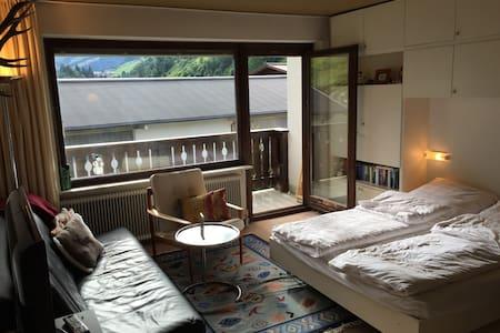 2-Zimmer Wohnung in bester Skilage - Lakás