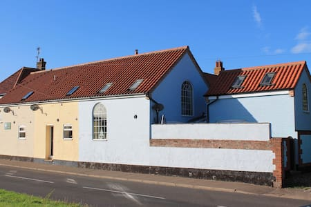 Knot Cottage - Cosy Seaside Cottage, Sleeps 4 - Wells-next-the-Sea - Talo