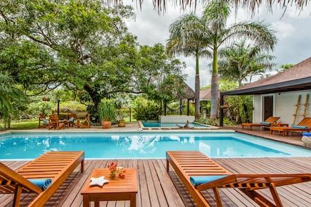 Tropical villa -Tamarindo-avellanas - Tamarindo
