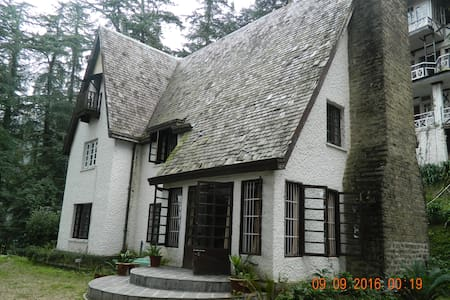 scottish villa in jungle within the Shimla city - Shimla - Villa