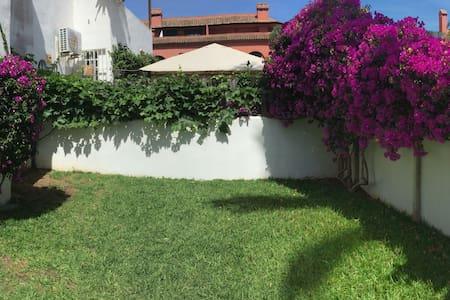Bonito apartamento en Playa Ancha - San Luis de Sabinillas