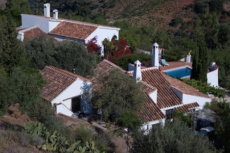 Andalusian Cortijo - main house - Comares - Villa
