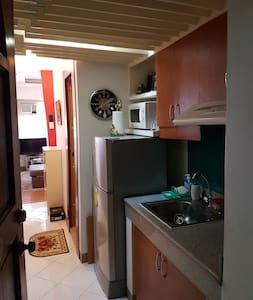 Pleasant & Comfy Place in Ermita - Manila - Condominium