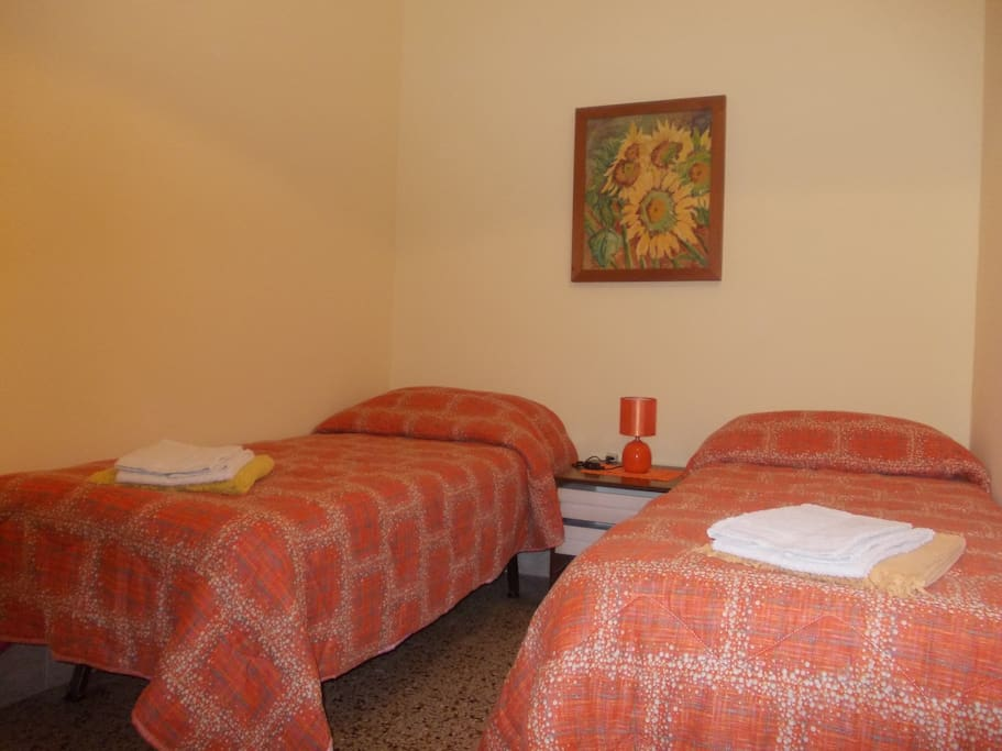 SINGLE ROOM - B&B ITALY, CEPRANO