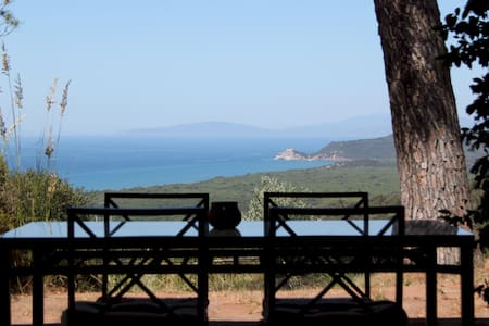 Tuscany - Villa Seaview and Nature - West Side - Vila