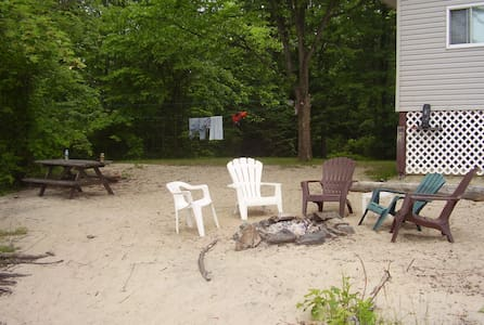 Cottage 45 min from Ottawa - Cabin