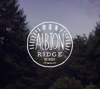 Albion Ridge Retreat // Home // Occasion Space - Albion - Haus