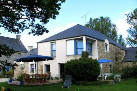 Maison au coeur de la Bretagne - Hus