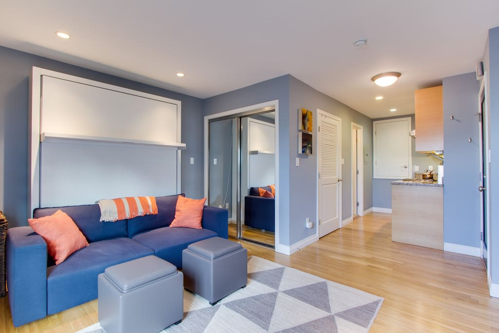 Beautiful Immaculate Nob Hill Condo