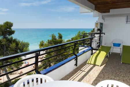 Montroig 73 primera linea , aacc, wifi, piscina - Miami Platja - Huoneisto