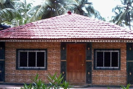 janaki home stay - Mithbav