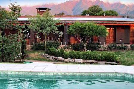 Beautiful and Peaceful Guest House - Travesia - Bed & Breakfast