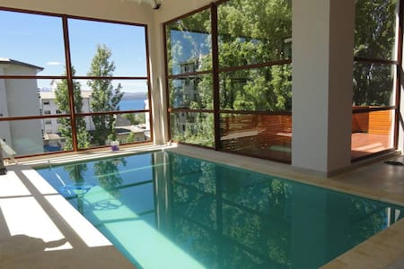 Comfortable Apartment in Downtown!