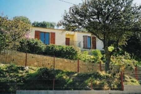 petite maison de charme - Santa-Reparata-di-Balagna - House