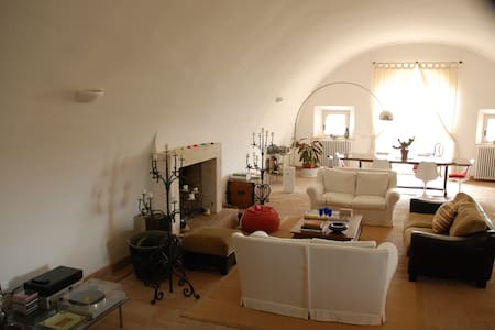 ancient villa in the countryside pt - montefiascone
