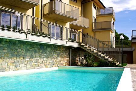 Ferienwohnung in traumhafter Lage - Parzanica - Apartmen