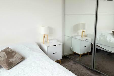 Jolie chambre lumineuse à 10 min à pied du centre - Amiens