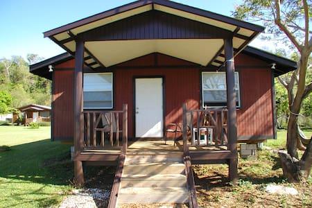 Westender Inn Cottages - Sommerhus/hytte