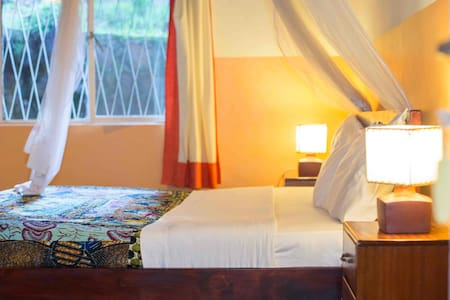 Heaven Boutique Hotel is a 3-room guest house located on the same premises as Heaven Restaurant. Our IJURU (Sky) Room faces Heaven's back garden, has 1 King and 1 Twin bed with ensuite bathroom and comfortably accommodates up to 3 guests.