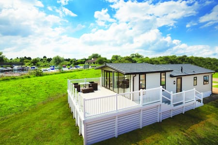 Luxury Dream Lodge - Woodlands Park - Other