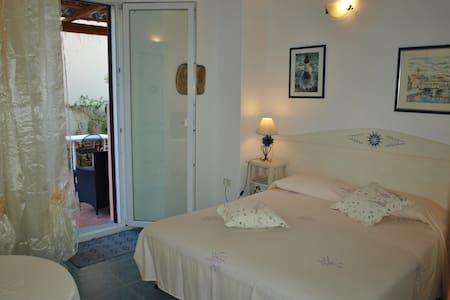 cozy,quiet and elegant - La Maddalena - Bed & Breakfast