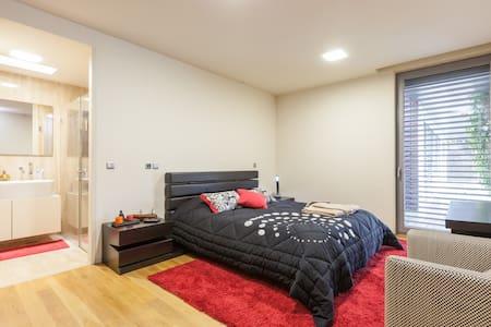 luxurious room in Guimarães 2 - Hus