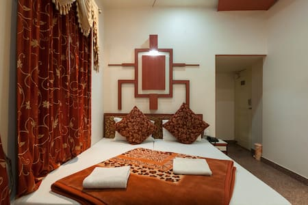 Private Room,Free WiFi-AIRPORT ZONE - Bed & Breakfast