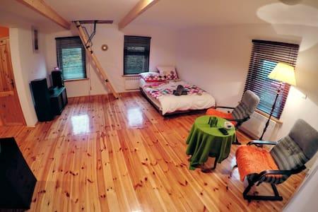 Apartment in Jelenia Gora/Sobieszow - Huoneisto