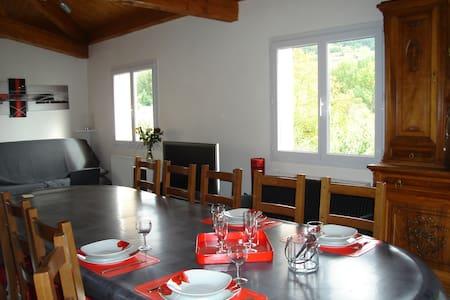 La Planquette, gîte/meublé de tourisme 3*  Millau - Rivière-sur-Tarn - Villa