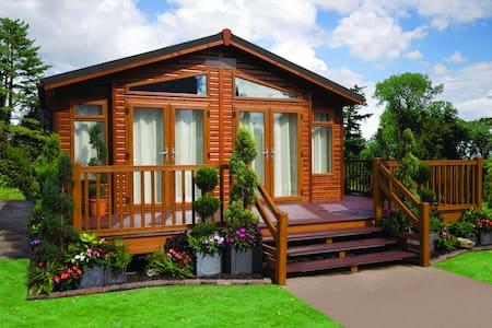 Classic Dream Lodge -Woodlands Park - Altres