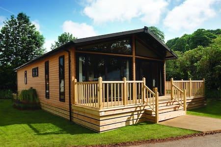 Deluxe Dream Lodge - Woodlands Park - Altres