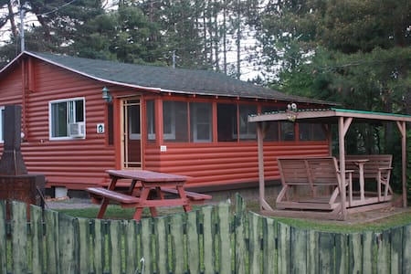 Our shack in Canada - Shawinigan - Chalet
