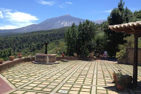 Villa Rural a las Faldas del Teide - ICOD DE LOS VINOS