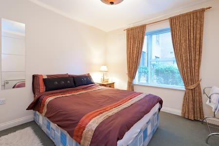 Private Room  in Clontarf