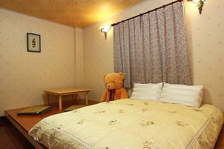 宜蘭 員山 溫馨客房2-18人 - Yuanshan Township