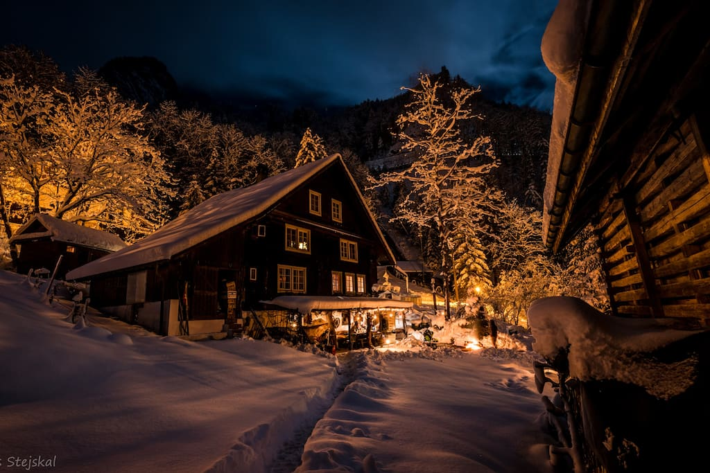 Berghaus Klondike im Wintertraum. Berghaus Klondike in winter dream.