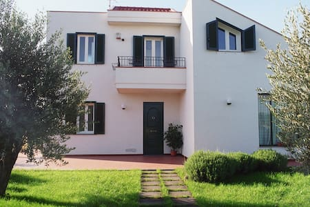 Villa Ester - Riposto