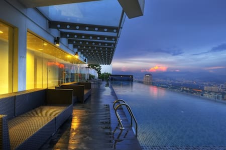 Best Infinity Pool in Kuala Lumpur - Appartement