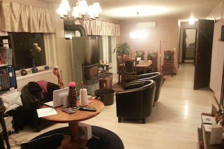 Rymlig lägenhet i centrala Osby - Apartamento