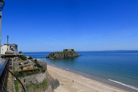 Boutique cottage within Tenby town  - Tenby