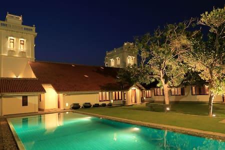 130 Yr Heritage Villa- Ocean View - Villa