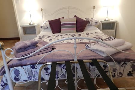 le Grand Chemin - Champagne Room - Bed & Breakfast